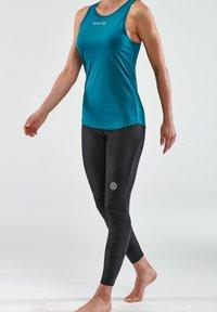Skins - Sports shirt - teal - 3
