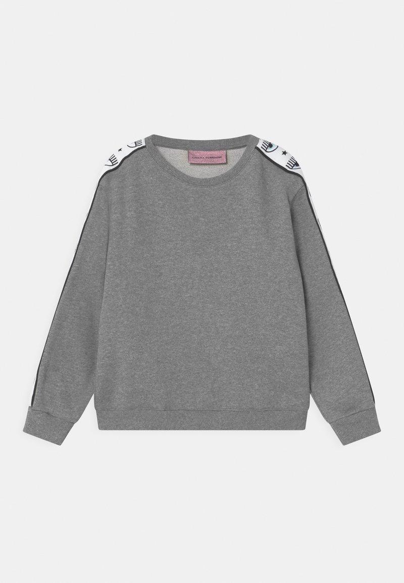 CHIARA FERRAGNI - TAPE ID CREWNECK - Sweatshirt - grey