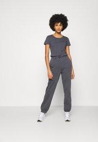 Pepe Jeans - JUNE - Basic T-shirt - steel grey - 1