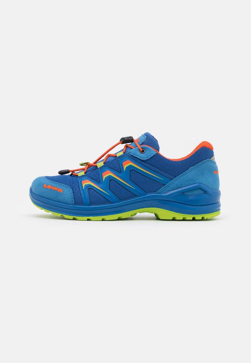 Lowa - MADDOX GTX LO JUNIOR UNISEX - Hiking shoes - royal/limone