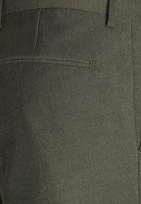 Tiger of Sweden - JULES SET - Suit - scarab green - 6
