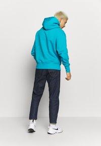Tommy Jeans - BADGE HOODIE UNISEX - Hoodie - exotic teal - 2