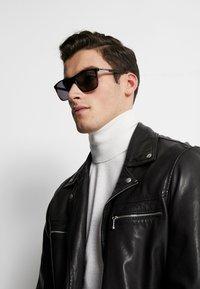 Guess - Sunglasses - havana - 1
