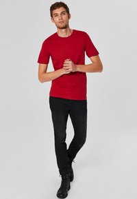 Selected Homme - SHDTHEPERFECT - T-paita - red - 1