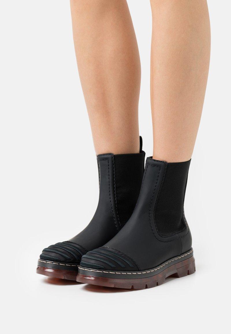 Alberta Ferretti - CHELSEA BOOT - Platform ankle boots - black