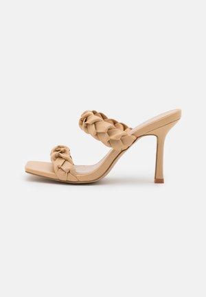 GEMMA - Sandaler - nude