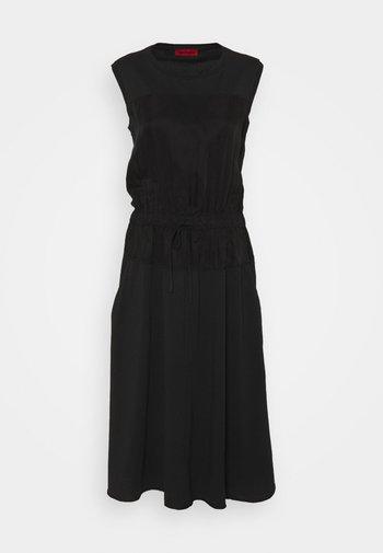 CLARISSA - Denní šaty - black