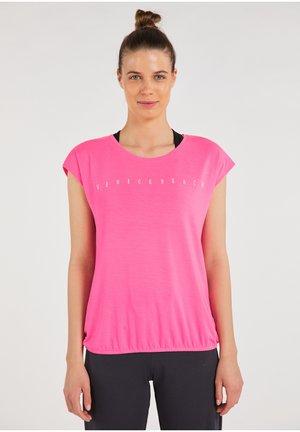 VB - Basic T-shirt - fluo pink