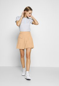 Cross Sportswear - PLEAT SKORT - Spódnica sportowa - deep birch - 1