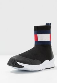 Tommy Hilfiger - UNISEX - High-top trainers - black - 2