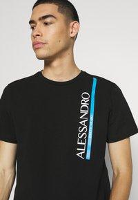 Alessandro Zavetti - VERSEO TEE - Print T-shirt - black - 3