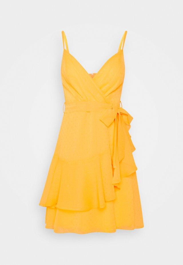 SARI - Korte jurk - yellow