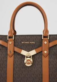 MICHAEL Michael Kors - Handbag - brown - 7