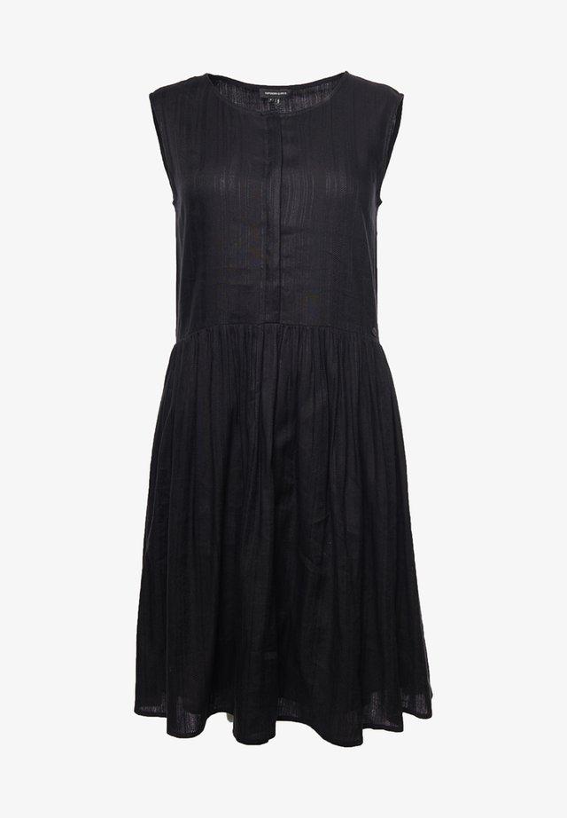 TEXTURED - Korte jurk - black