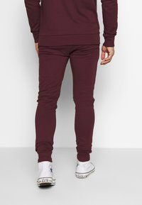 CLOSURE London - SIGNATURE TRACKSUIT  - Hoodie - port - 5