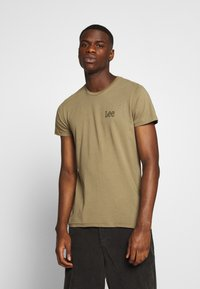 Lee - TWIN 2 PACK - T-shirt con stampa - white/green - 3