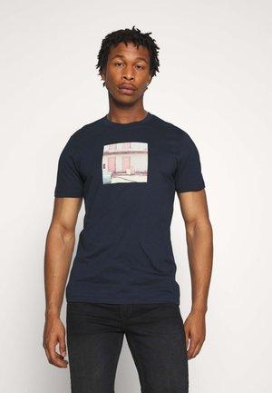 JORDYLANT - Print T-shirt - navy blue