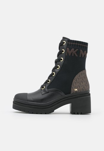 BREA BOOTIE - Lace-up ankle boots - black/brown
