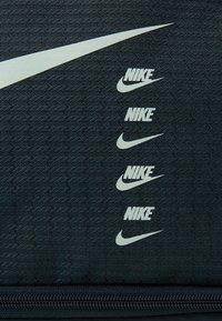 Nike Performance - DUFF UNISEX - Sports bag - seaweed/seaweed/pistachio frost - 4