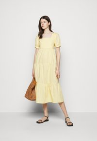 Faithfull the brand - AYLAH MIDI DRESS - Day dress - plain banana - 1