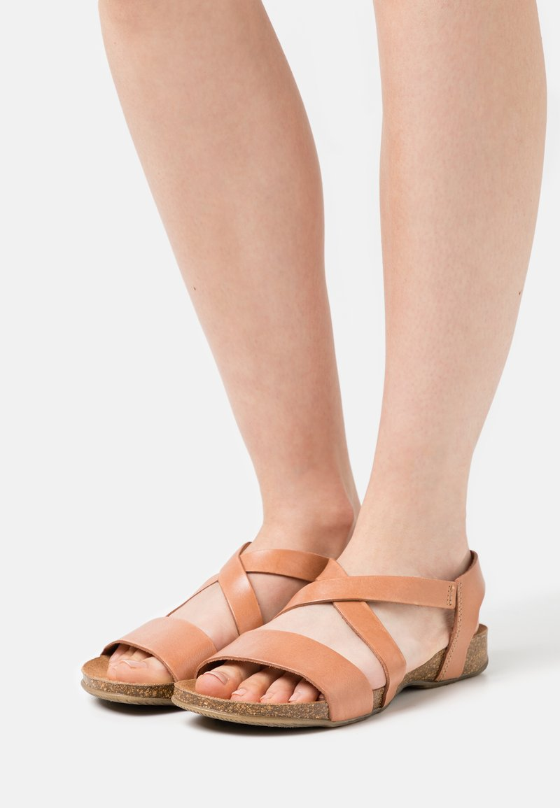 Grand Step Shoes - CAMILLA - Sandals - sand