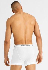 Calvin Klein Underwear - 3 PACK TRUNK - Pants - Panty - white - 1