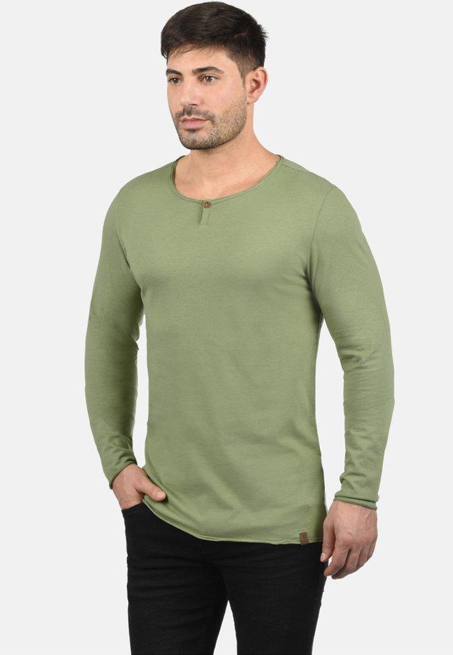 IRENO - Maglietta a manica lunga - oil green