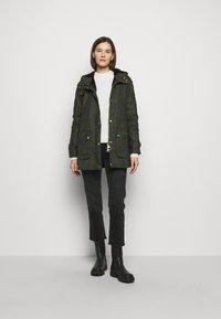 Barbour - AUSTEN WAX - Light jacket - dark green - 1
