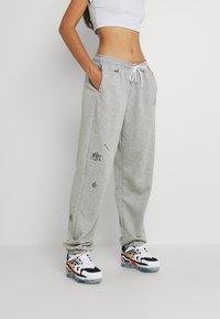 Nike Sportswear - Verryttelyhousut - grey heather - 0