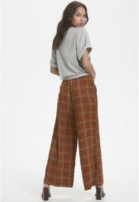 Karen by Simonsen - MICHIGANKB - Spodnie materiałowe - camel - 2