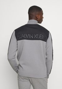 Calvin Klein - SOLID MIX BACK LOGO JACKET - Giacca leggera - grey - 0