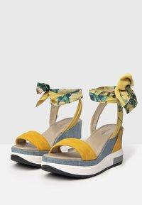 NeroGiardini - Platform sandals - grano - 1