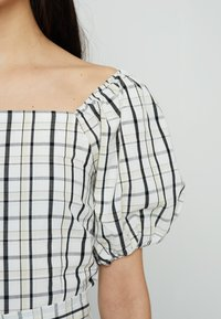 Levi's® - VERA BLOUSE - Blouse - cloud dancer - 5