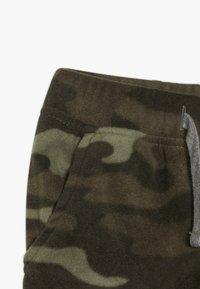 Carter's - TODDLER PANT - Træningsbukser - khaki - 3