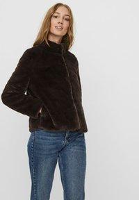Vero Moda - Winter jacket - chocolate plum - 0