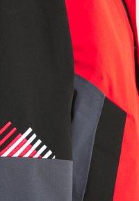 Superdry - CLEAN PRO SHELL JACKET - Lyžařská bunda - apple red - 7