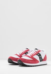 Saucony - JAZZ ORIGINAL VINTAGE - Sneaker low - white/red/black - 2