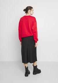 Forever New - BIANCA SLIP MIDI SKIRT - A-line skirt - black - 2