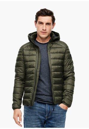 MIT  THINSULATE™ WATTIERUNG - Winter jacket - olive