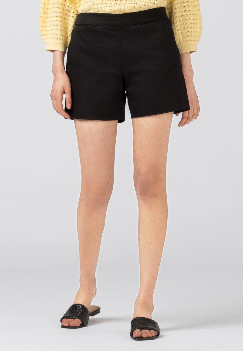 HALLHUBER - AMALIA - Shorts - schwarz