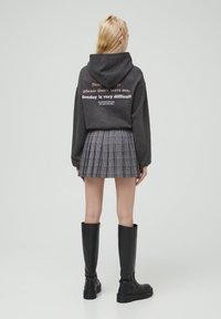 PULL&BEAR - Mikina skapucí - mottled dark grey - 2