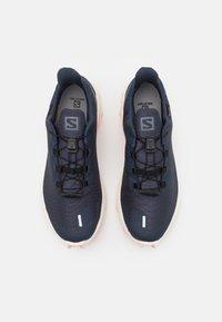 Salomon - SUPERCROSS 3 GTX - Obuwie do biegania Szlak - india ink/vanilla/peachy keen - 3