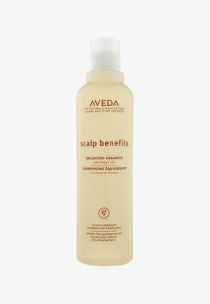 SCALP BENEFITS BALANCING SHAMPOO - Shampoo - -