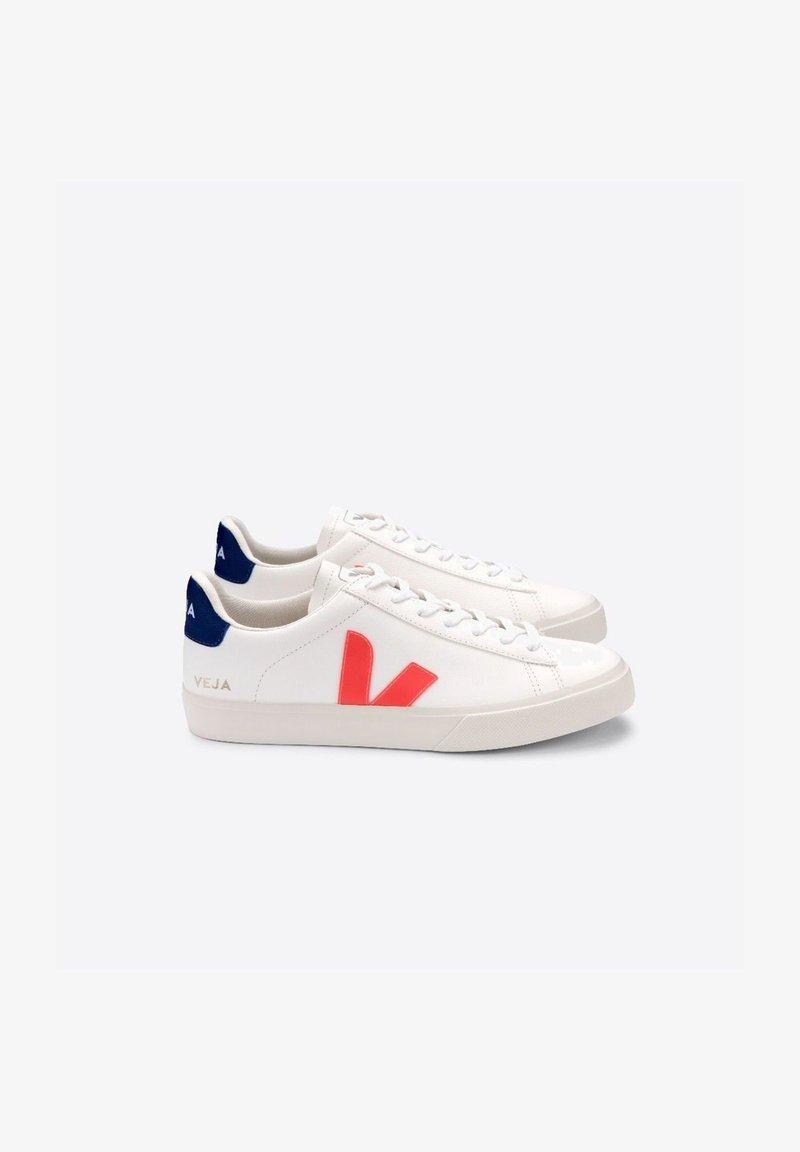 Veja - Skate shoes - white/orange