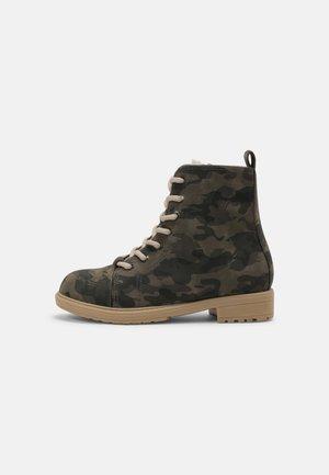 ROXIE UNISEX - Lace-up ankle boots - khaki