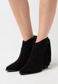 KHARISMA - Ankle boots - nero - 0