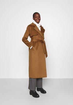 2ND LUNA CLASSIC - Classic coat - golden camel