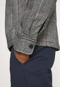 Obey Clothing - Summer jacket - black multi - 4