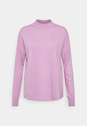 SOLID ORNAMENT MOCKNECK - Jumper - dip vibrant lilac