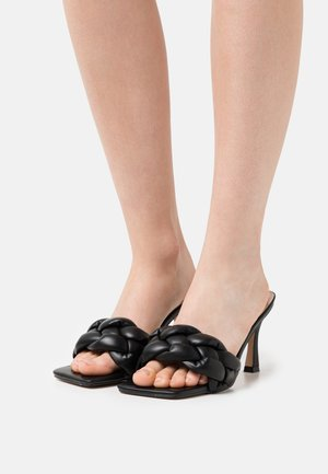 WIDE FIT SANDRA - Sandaler - black